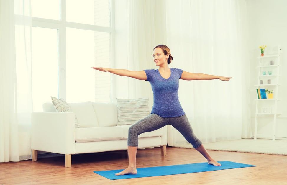 5 postures de yoga à faire le matin pour bien se réveiller