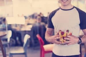 Faire livrer des corbeilles de fruits à vos employés : un coût moindre mais qui vous rapportera !