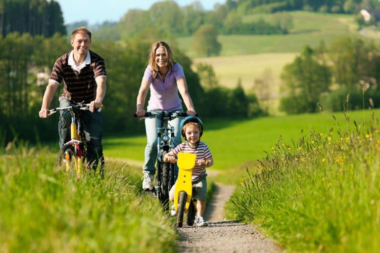 Faire du sport en famille - Corps et Santé