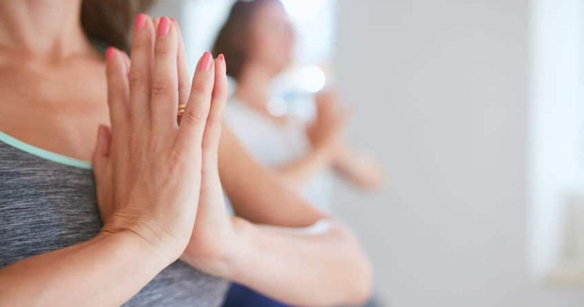 Yoga pour soulager le syndrome du canal carpien - Corps et Santé